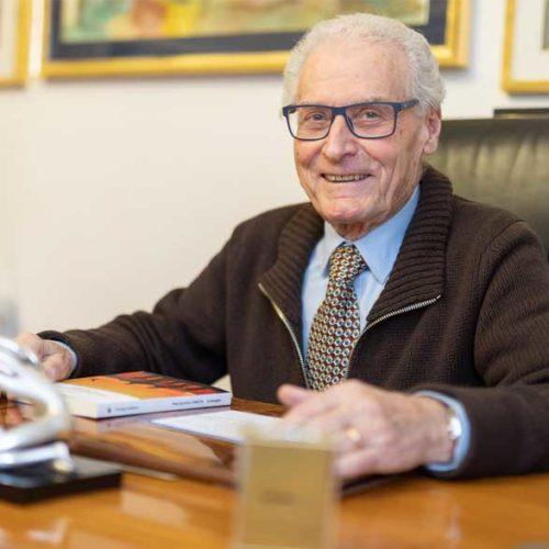 Dott. Giuseppe Staffolani psicoterapeuta psicologo logopedista Bologna